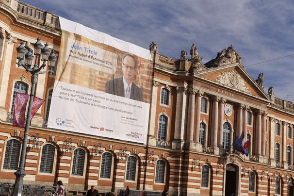 Bâche Jean Tiriole Toulouse Capitole