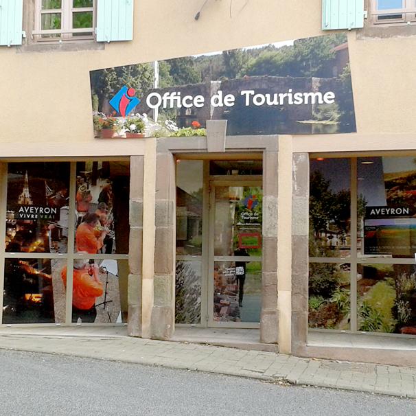 Nouvelle signalétique des Offices de Tourisme aveyronnais